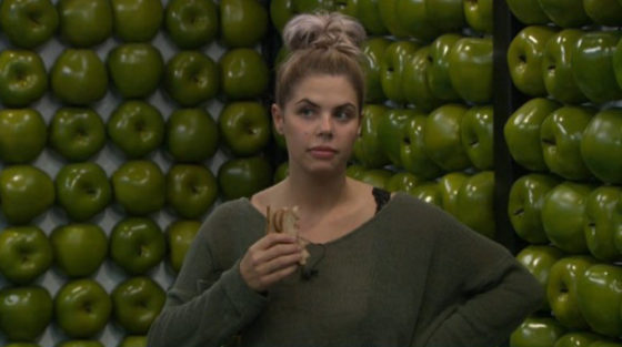 Elena Davies on Big Brother 19