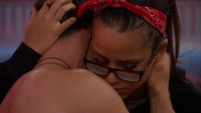 Jessica and Cody share a cry on BB19