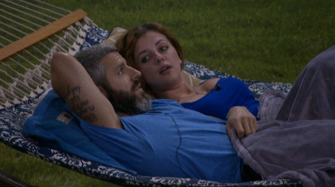 Matthew and Raven get ready for the Veto meeting