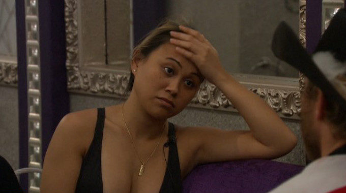 Alex Ow is failing at Big Brother 19