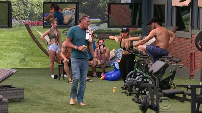 Alex argues with Kevin on Big Brother 19