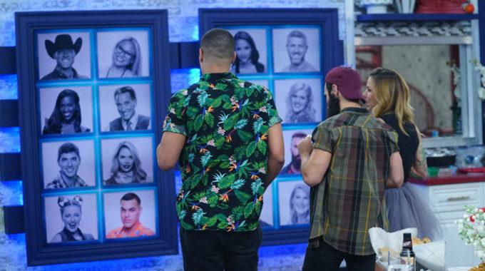 Big Brother 19 Final 3 HGs at Memory Wall