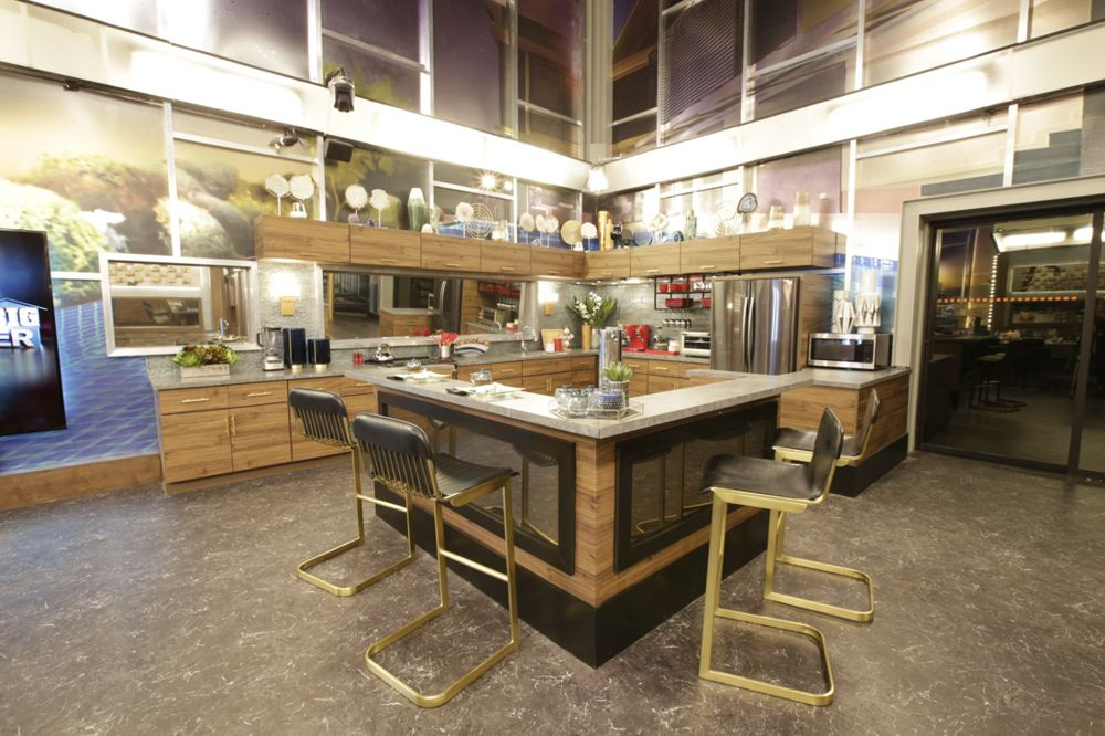Celebrity Big Brother 2018 House – Kitchen 01