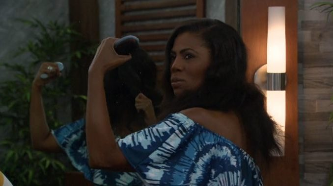 Omarosa flexes her strength on Celebrity Big Brother