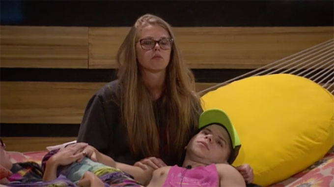 BB20-Live-Feeds-0730-PM-1