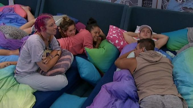 Houseguests pile on in Big Brother 20