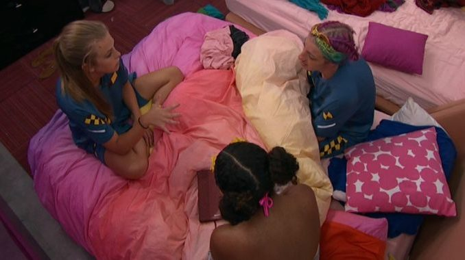 Haleigh counts the votes with RS and Bayleigh