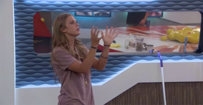 BB20-Live-Feeds-0809-PM-5