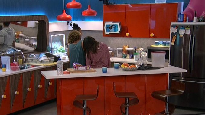 Houseguests see The Cloud on BB20
