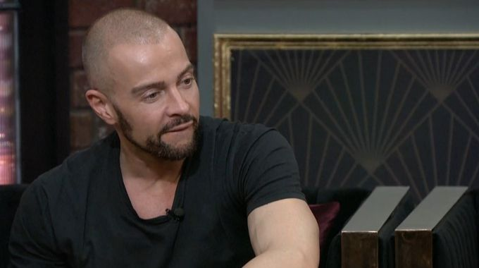 Joey Lawrence on Celebrity Big Brother Feeds