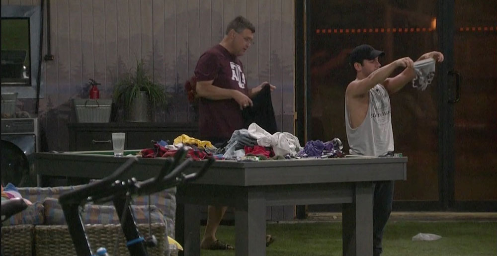 BB21-Live-Feeds-0812-PM-8