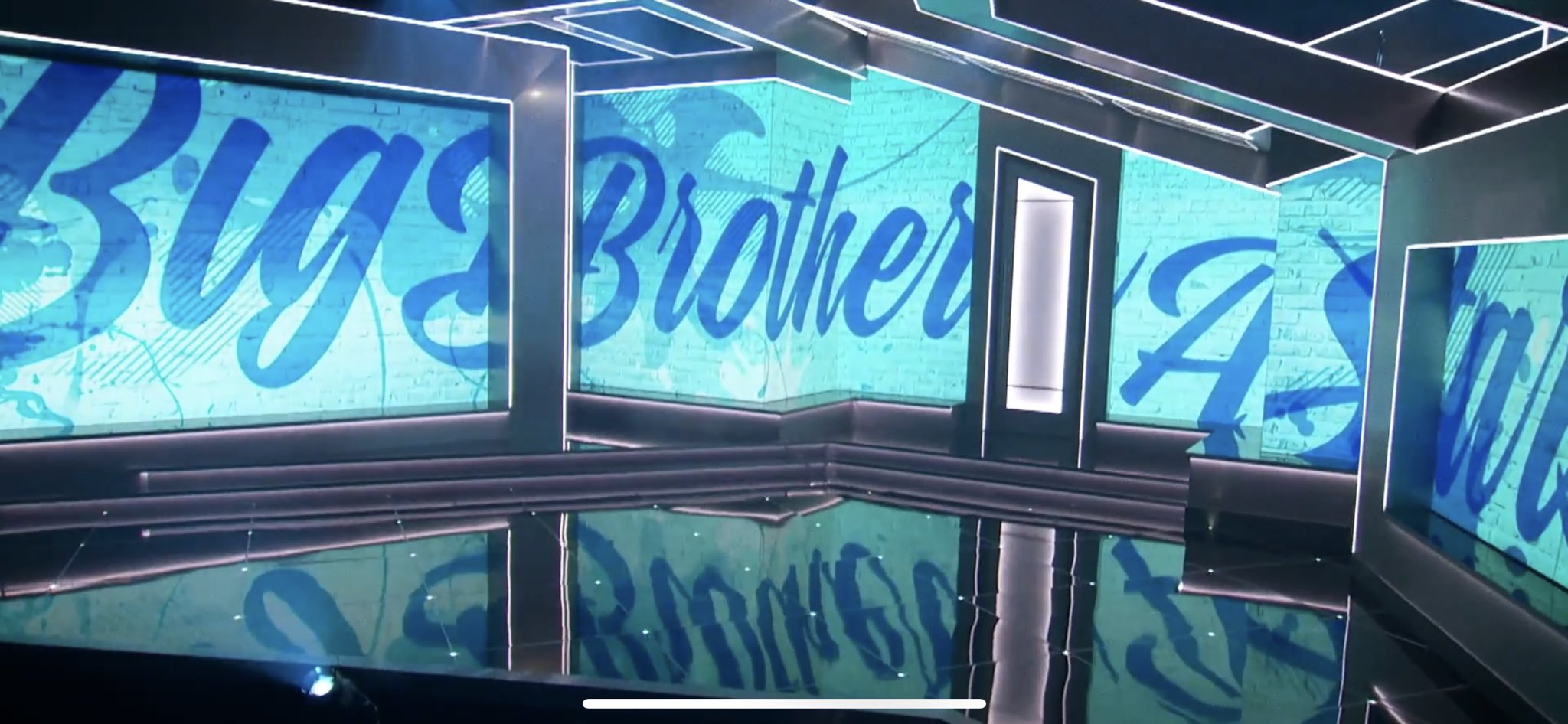 Big Brother 22 front of the house 03